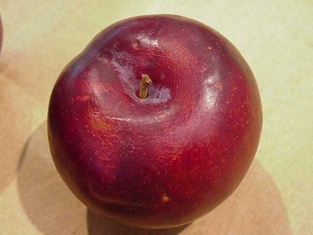 Plums contain antioxidants called phenols which can ward off cancer.