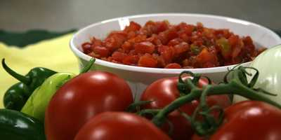 If prepared using fresh ingredients and little salt, salsa can be a nutritious snack or side dish.
