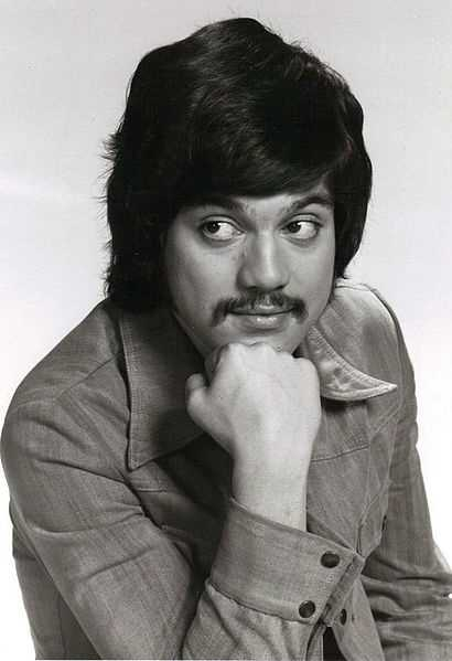 Freddie Prinze was the star of 1970s sitcom Chico and the Man. Prinze suffered from depression and shot himself with a pistol. (June 22, 1954 – January 29, 1977).