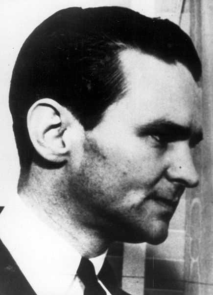 Melvin Purvis was the FBI agent who tracked down such notorious criminals as Baby Face Nelson, Pretty Boy Floyd, and John Dillinger. Purvis died from a gunshot fired from the pistol given to him by fellow agents when he left the FBI. The FBI determined his death was a suicide. (October 24, 1903 – February 29, 1960) w