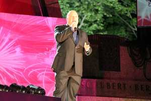 Andover native and actor Michael Chiklis is the host of the national broadcast.