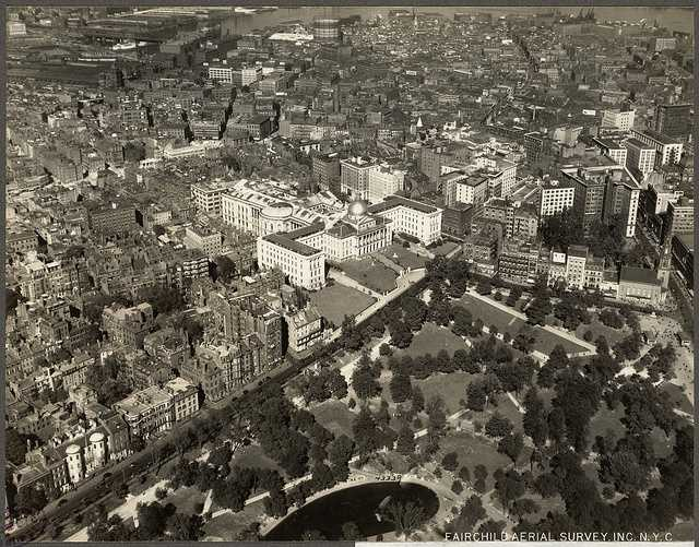 Beacon Hill and the North End in 1925.