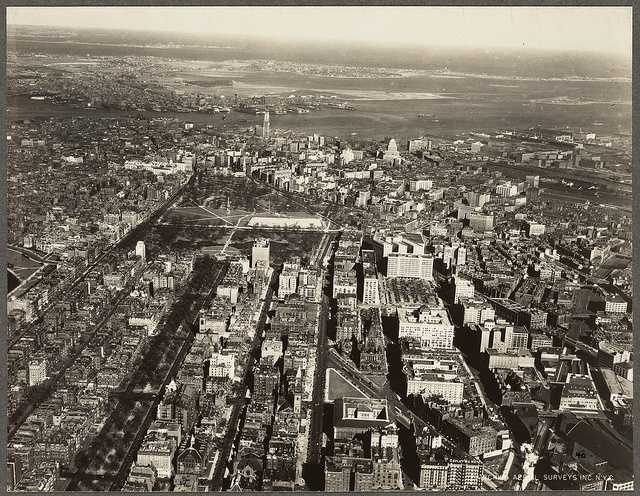 Commonwealth Avenue and Beacon Street in 1930.