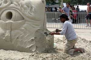 Probanza is a member of the World Sand Sculpture Association and won a Lifetime Achievement Award in 2003.
