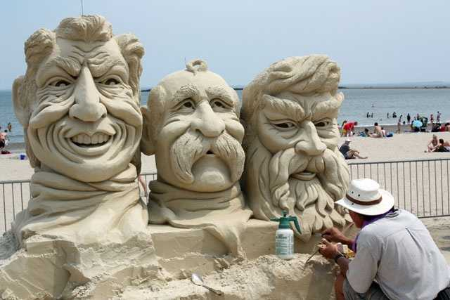 Gordon has been sculpting for over 38 years.