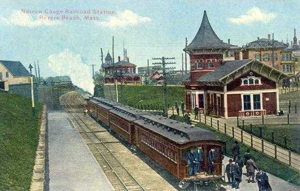 The Crecent Beach train station in a postcard from about 1910.
