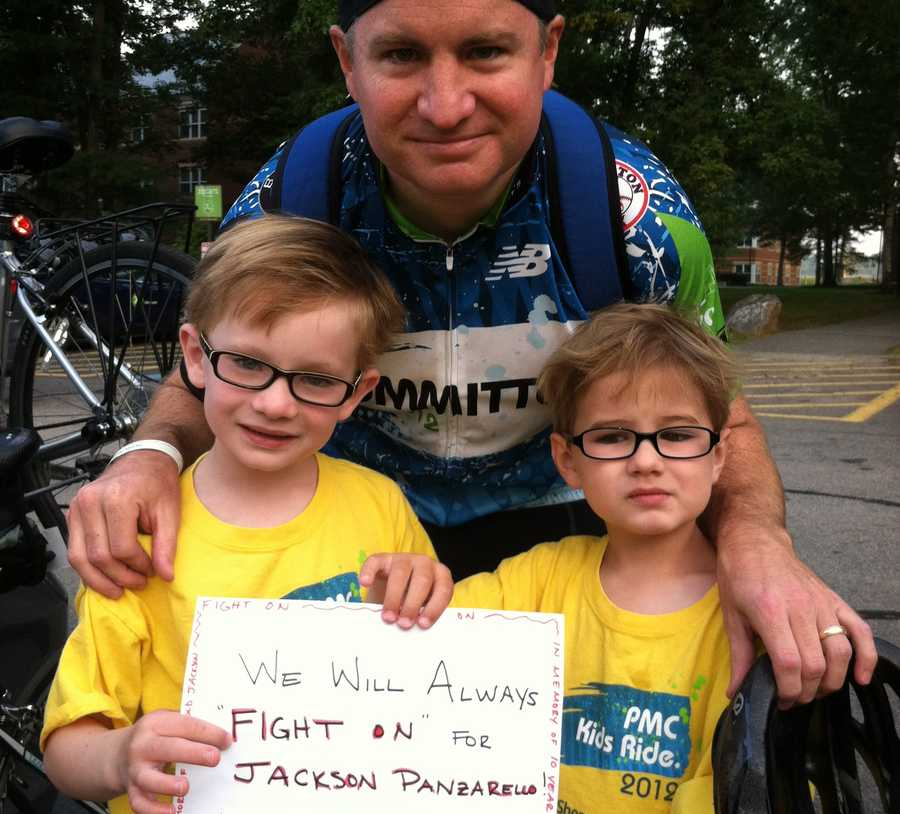 Jamie Mucha and his boys Colin and Declan at the Wellesley start.