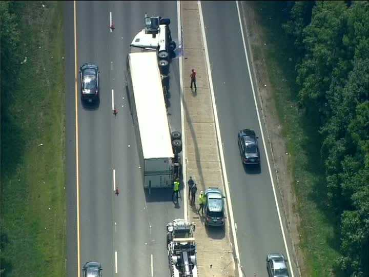 A tractor-trailer crash impacted traffic along Interstate 95 south in the Mansfield area Monday afternoon.