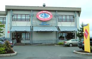 Legal Seafoods traces its roots back to 1904 and a grocery store in Inman Square in Cambridge. In 1950, Legal Seafoods was opened next door. Its first restaurant was opened in 1968. It now has 32 restaurant locations around the country.
