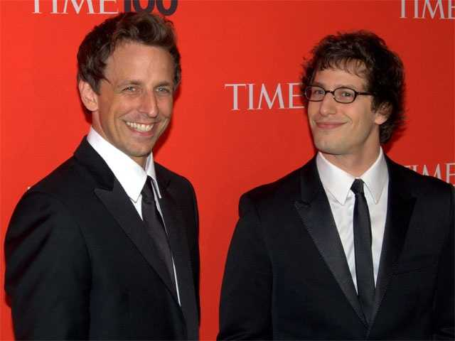 Yes, your eye are not deceiving you, that's Andy Samberg in a tie alongside his SNL co-star and former New Hampshirite, Seth Meyers, at the 2010 Time 100 Gala.