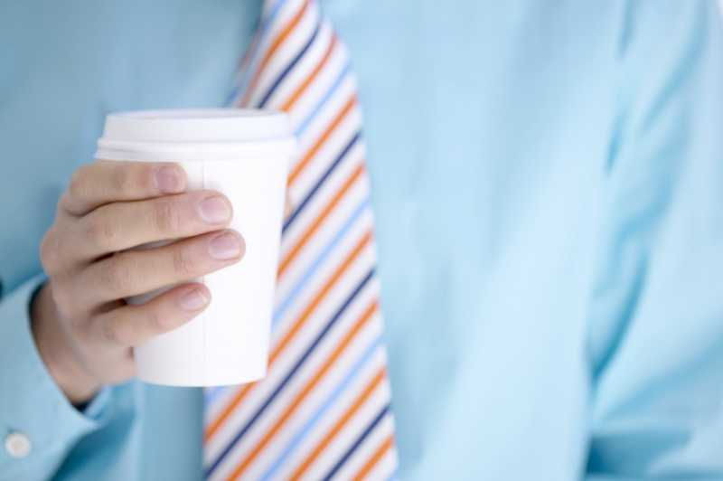 55% of workers claim to drink at least one cup of coffee each workday. Geographically, 64 percent of workers in the Northeast drink at least one cup per day, compared to the South at 54 percent and the Midwest and West at 51 percent.