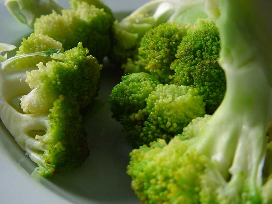 Try this side dish: http://www.dana-farber.org/Health-Library/Braised-Greens-with-Vinegar-and-Sesame-Seeds.aspx