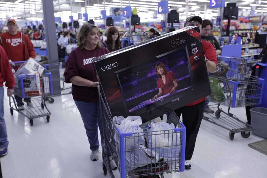 Instead, brand name TVs tend to see their best price of the year in January and February as manufacturers look to clear stock in preparation for new models in the spring.