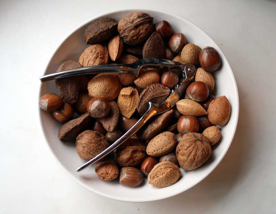 """A protein- and fiber-rich snack keeps you energized, gives your body a steady stream of good nutrients to digest (which keeps your metabolism revved), and leaves you less vulnerable to blood sugar swings. Almonds, my favorite, have vitamin E and protein and more fiber than any other nut."""