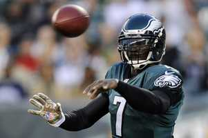 5) Philadelphia Eagles - They modernized their look about 15-20 years ago, updating their helmet, jerseys and colors. They all look sharp. Uni Watch says the team should stick with this look and keep any 'alternates' in the closet.