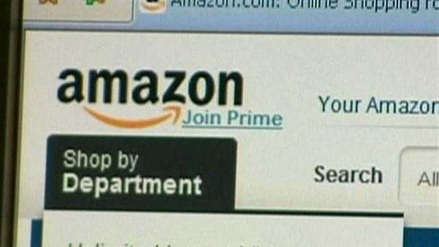 Online retailer Amazon.com has reached a deal with Massachusetts to start collecting sales tax from Bay State residents.