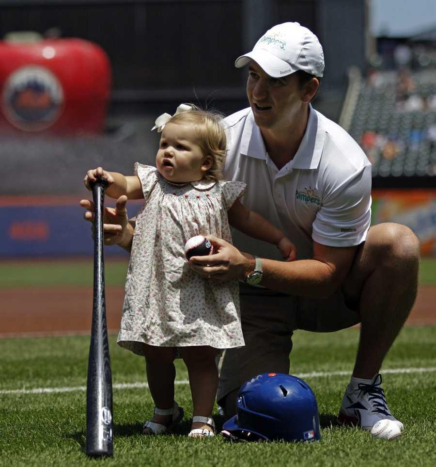 05) Ava - 401  (daughter of New York Giants Quarterback Eli Manning is named Ava)
