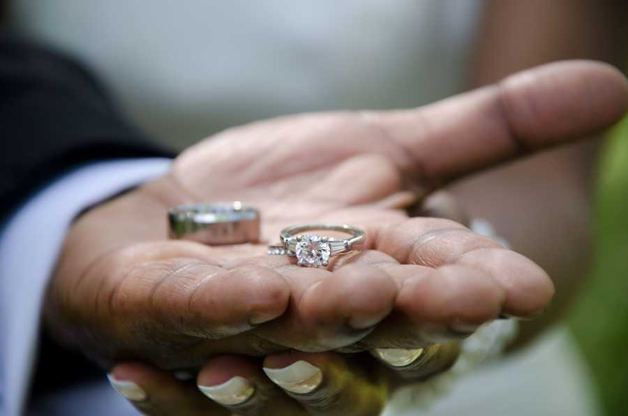 On average in Massachusetts, 9.2 percent of residents at any one time list themselves as divorced.