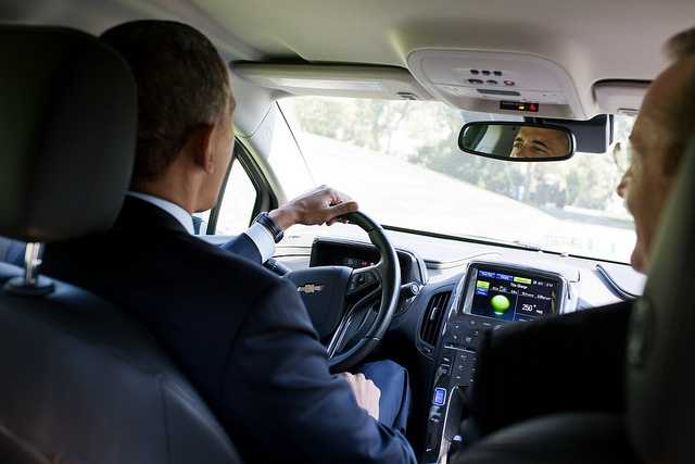 Oct. 12, 2012 The President had invited former White House Press Secretary Robert Gibbs to have lunch, and they apparently started talking about Gibb's Chevy Volt. Gibbs knew the President had visited one of their factories and was hoping to drive a Volt one day. Gibbs told the President that his car was on the South Drive. So the President jumped in and made three loops around the drive, joking later that the Secret Service ordered that the White House gates not be opened under any circumstances.