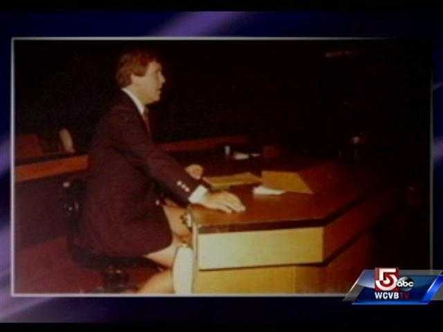 Chet Curtis anchoring from the NewsCenter 5 set. (He was wearing shorts under the jacket.)