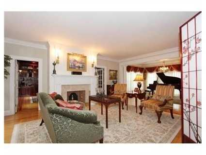 The home has 5 fireplaces.