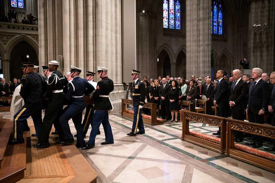 President Barack Obama, Vice President Joe Biden and former President Bill Clinton attend a funeral service for Hawaiian Senator Daniel Ken Inouye at Washington National Cathedral in Washington, D.C., Dec. 21, 2012.