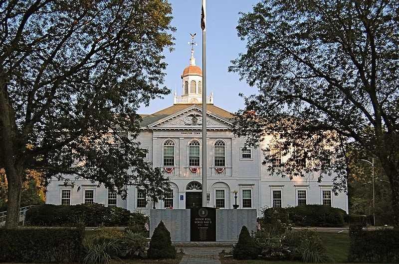 The Hamilton-Wenham School district had no dropouts in 2012.