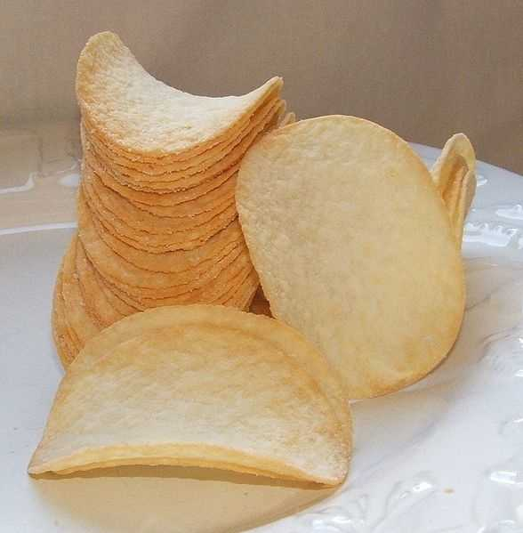 Frederic Baur invented the Pringles can. When his time came, his children buried his ashes in one.