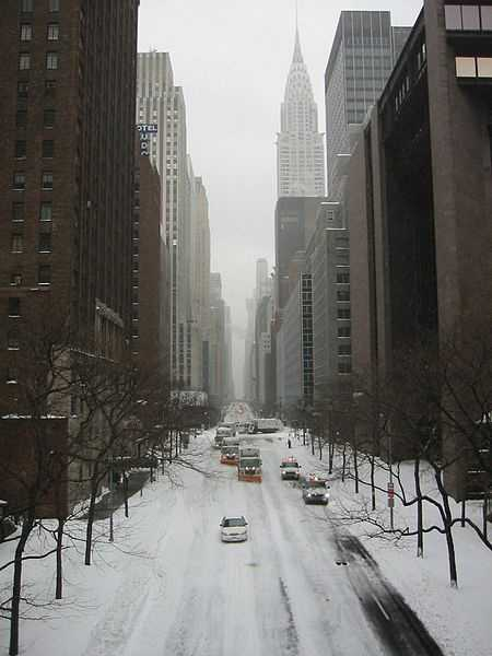 42nd street, New York City, near the UN, looking West during the February 2003 blizzard.