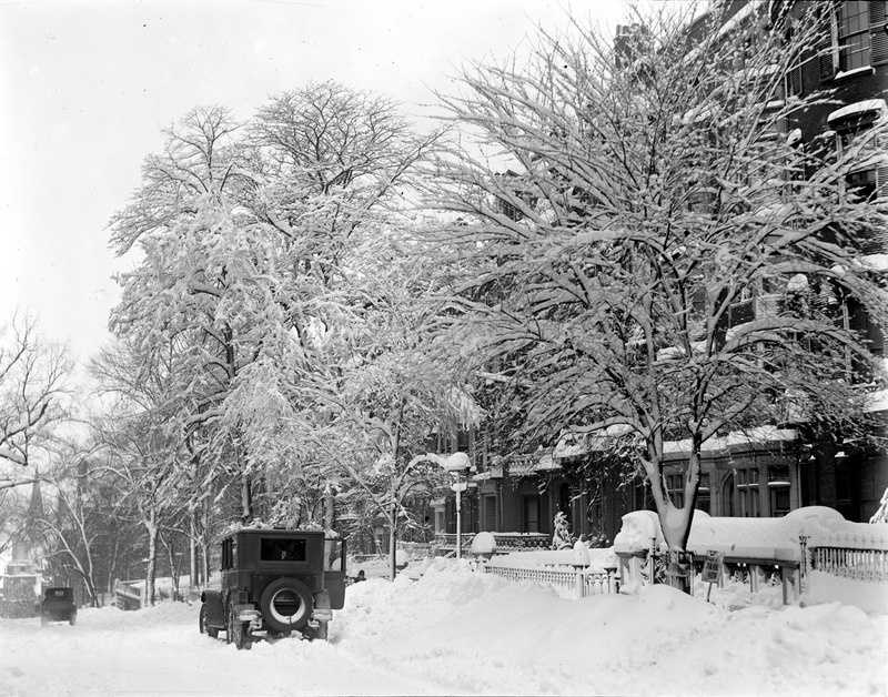 The first winter punch came on February 2 - 3, when around a foot of snow fell over the city. A postcard-like scene on Beacon Hill in Boston. Photos are for illustrative purposes only and do not always reflect the actual snow event.