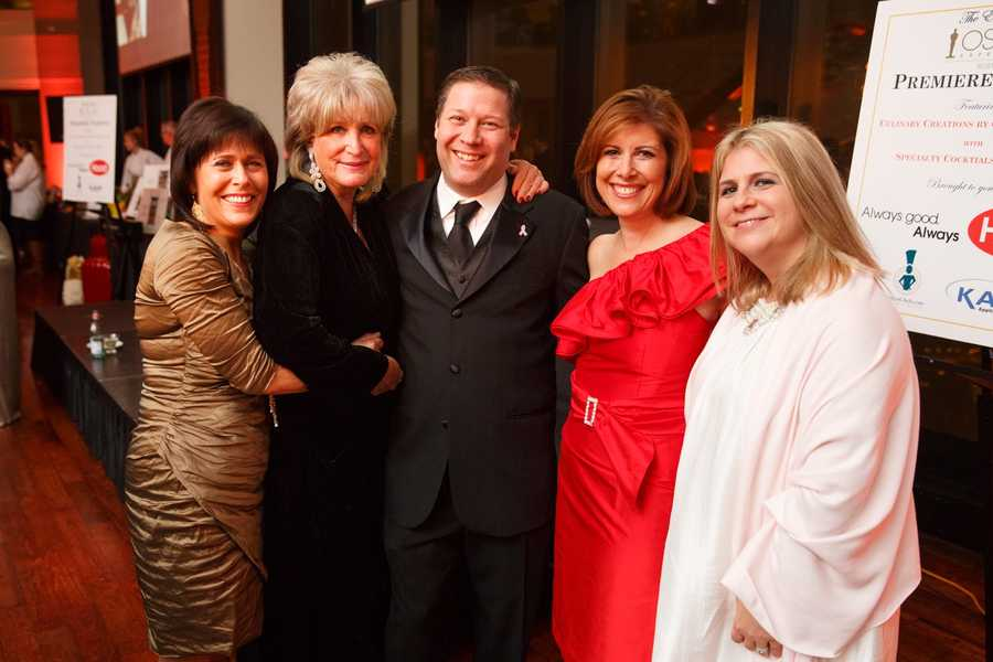 Gail Fine, Susan Wornick, Jeff Popkin, Kelley Tuthill and Heidi Popkin