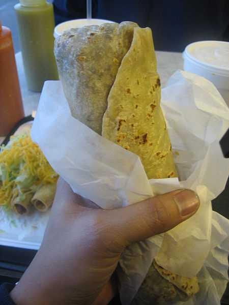 "Day 2 Breakfast:Breakfast burrito: 1 flour tortilla (8"" diameter) 1 scrambled egg a cup black beans* 2 Tbsp salsa with ½ large grapefruit"
