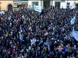 A look at the large crowds gathered at Castel Gandolfo to hear Benedict XVI's final words as pope.