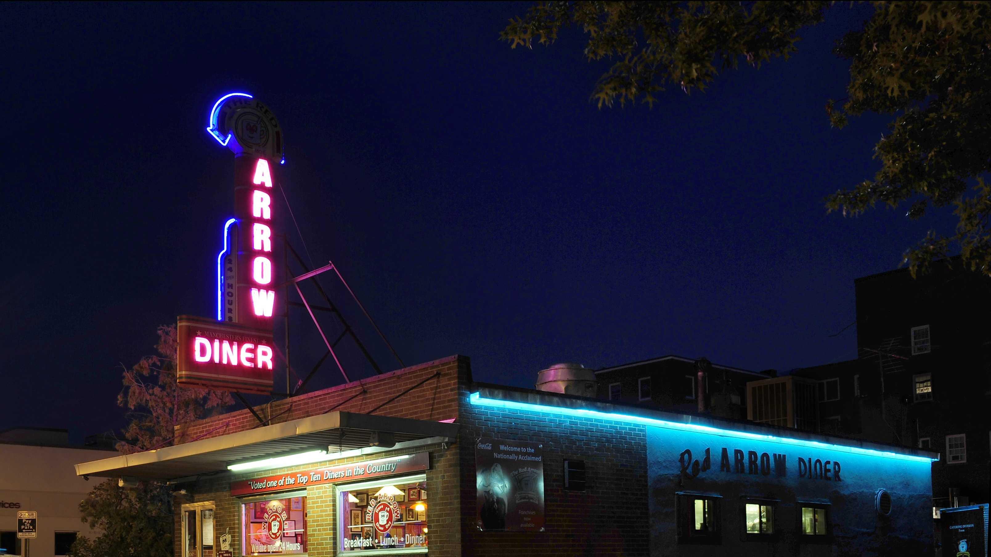Red Arrow Diner NIGHT_Vera Kaufman.jpg