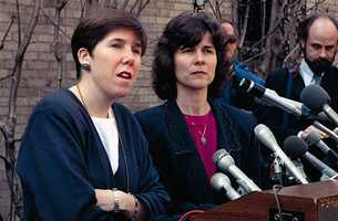 Isabella Stewart Gardner Museum curator Karen Haas, left, and museum director Anne Hawley address a news conference March 19, 1990, concerning the theft at the museum.