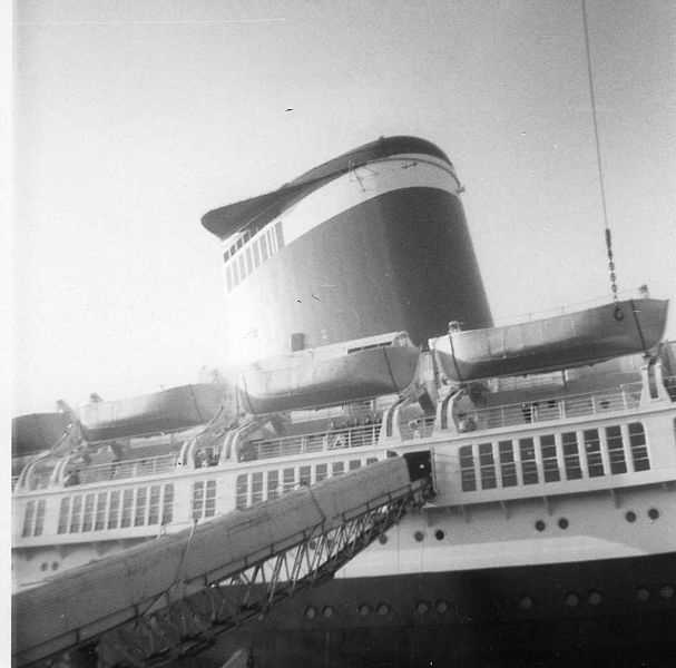 SS United States disembarking at Le Havre, France in 1964