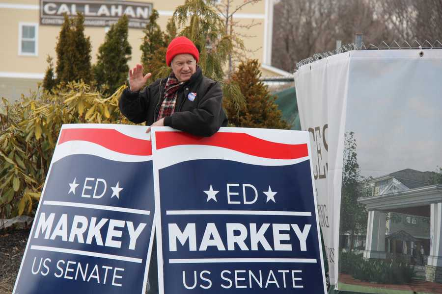 A supporter of Democratic candidate Edward Markey outside the WCVB-TV studio prior to the debate.