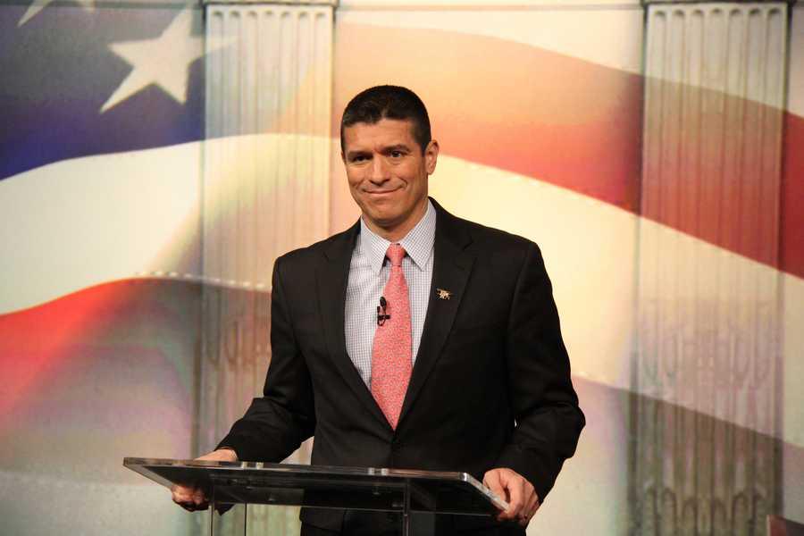 Republican candidate Gabriel Gomez