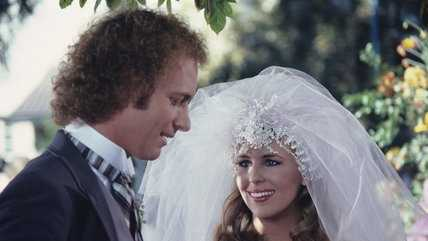 Luke and Laura finally marry in a lavish ceremony officiated by the mayor of Port Charles in 1981.
