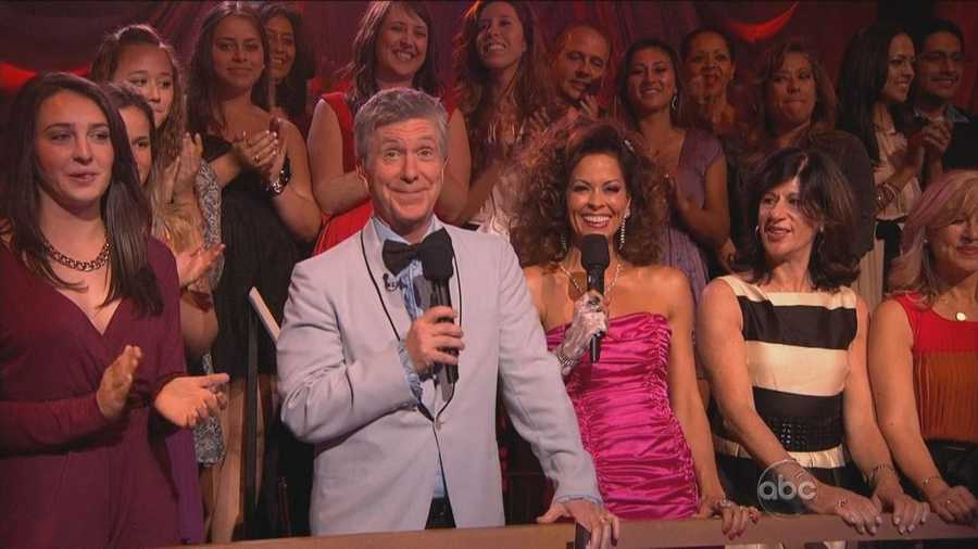 Even the hosts were decked out in their 1970s and 1980s prom outfits (although Tom left the long sideburns at home).