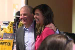 JC in the newsroom with Storm Team 5 chief meteorologist Harvey Leonard as the announcement about her future is made.