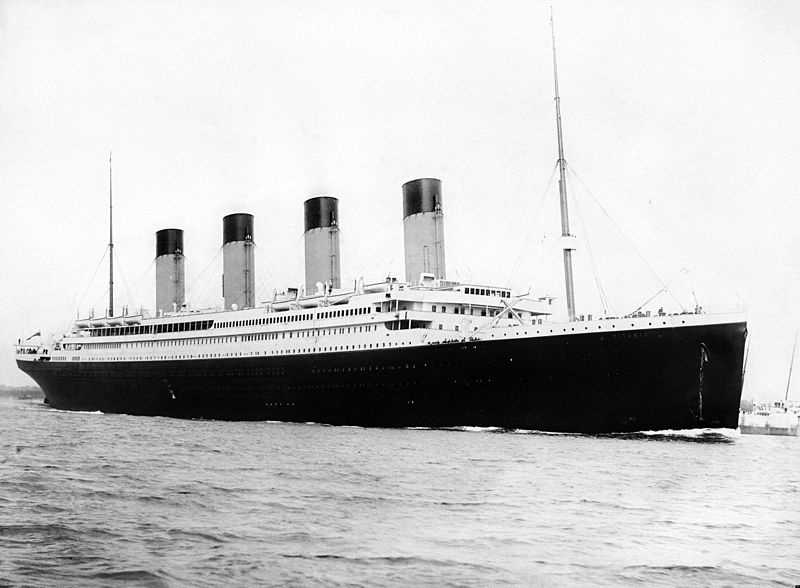 April 15, 1912: The Titanic sank after colliding with an iceberg during her maiden voyage.