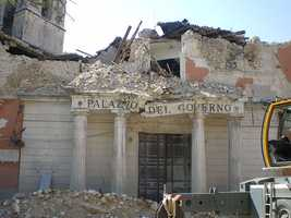 The earthquake was felt throughout central Italy&#x3B; 297 people are known to have died.