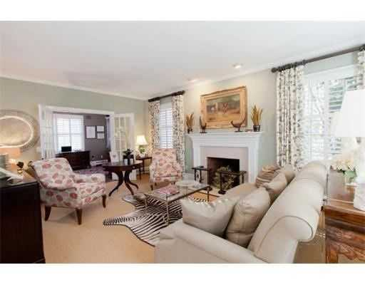 The house has 6,612 square feet of living area