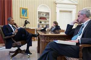 Obama debriefed by FBI Director Robert Mueller.