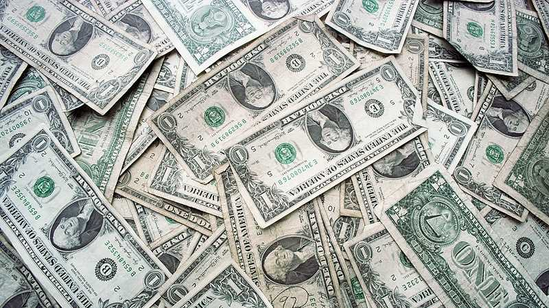 Money cash pile.jpg_highRes.jpg