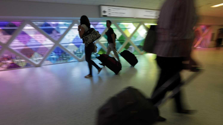 Moving around Baggage in Terminal.jpg