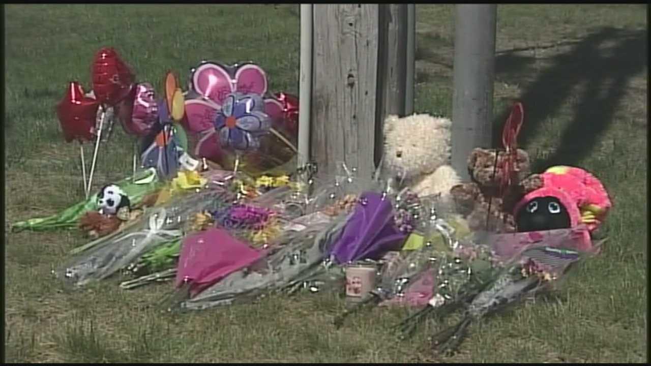 Memorial grows for Derry crash victim