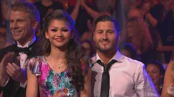 "Back to the dances. The night was won by Zendaya and Val Chmerkovskiy. They first performed the foxtrot to ""Don't Worry, Be Happy."""