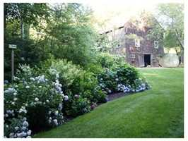 There are award-winning gardens.